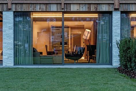 Finstral per il prestigioso Gardena Chalets a Ortisei | Design ...