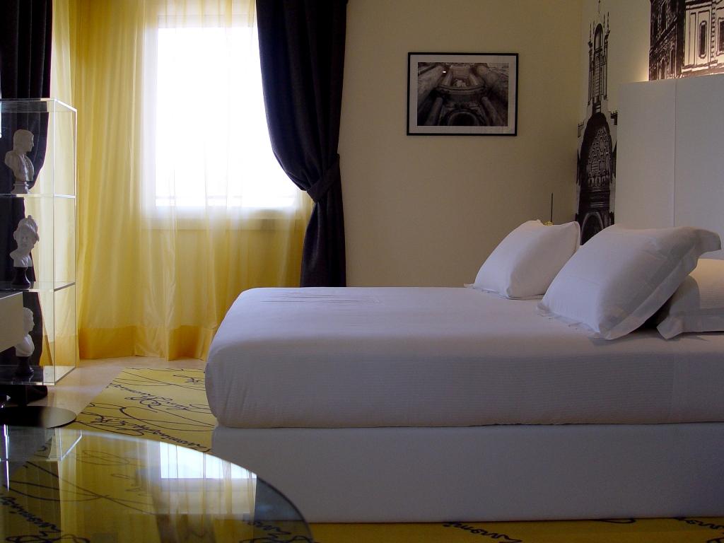 Suite borromini worldhotel ripa roma design contract for Aggiunte alle suite modulari