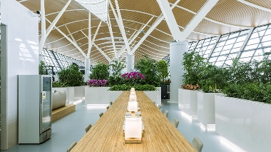 PUDONG AIRPORT LOUNGE