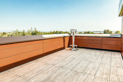 Terrace with a view of Venice with Impertek's adjustable supports